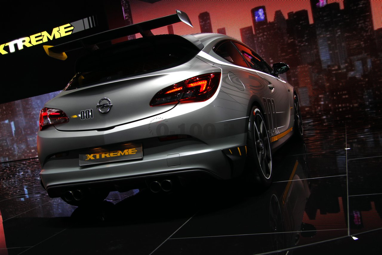 opel-astra-opc-extreme-geneve-2014_0-100_18