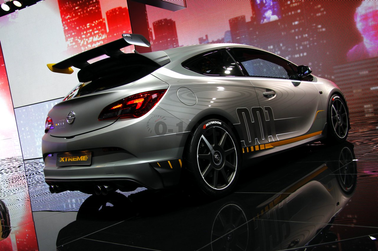 opel-astra-opc-extreme-geneve-2014_0-100_21