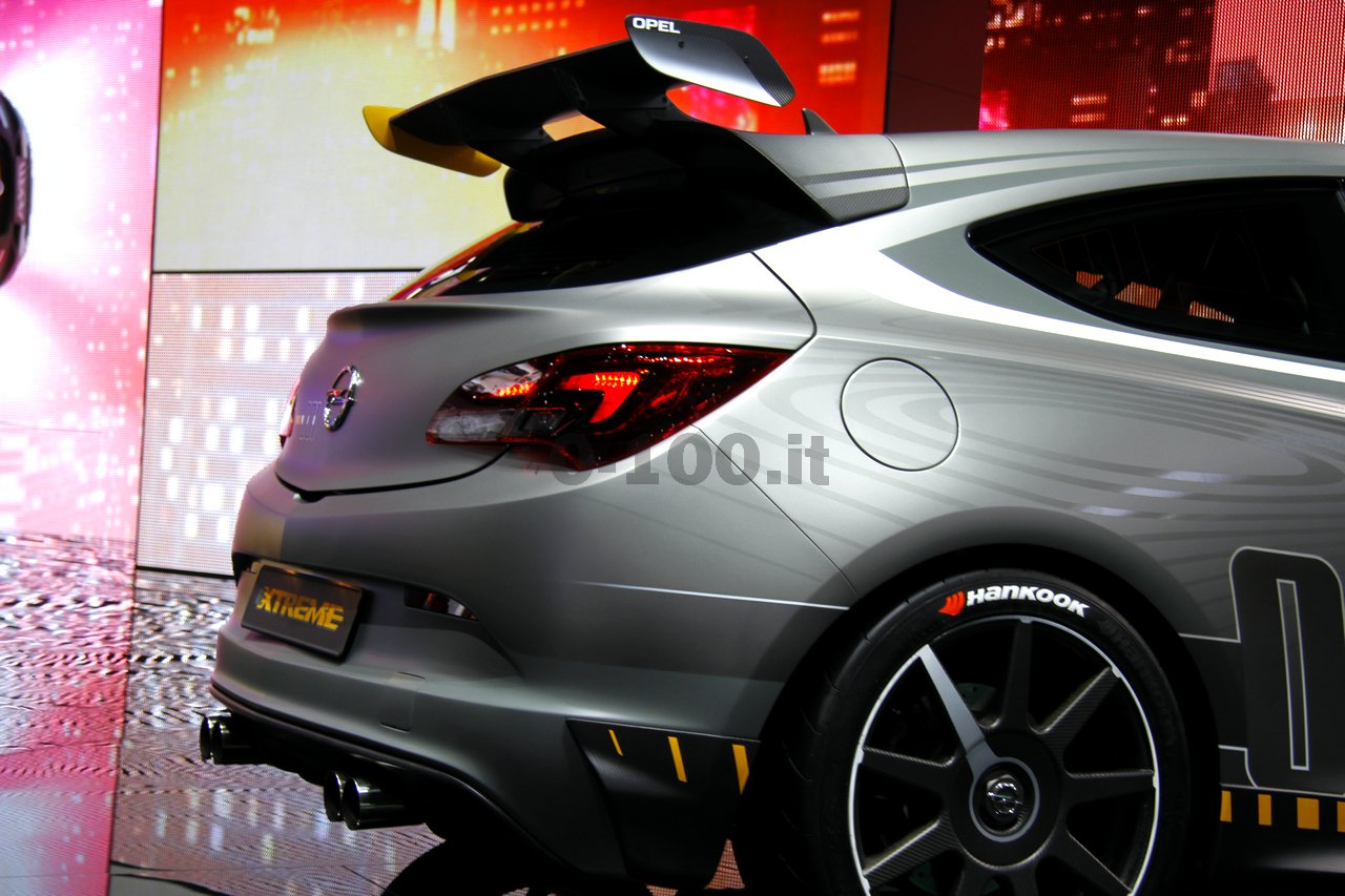 opel-astra-opc-extreme-geneve-2014_0-100_23