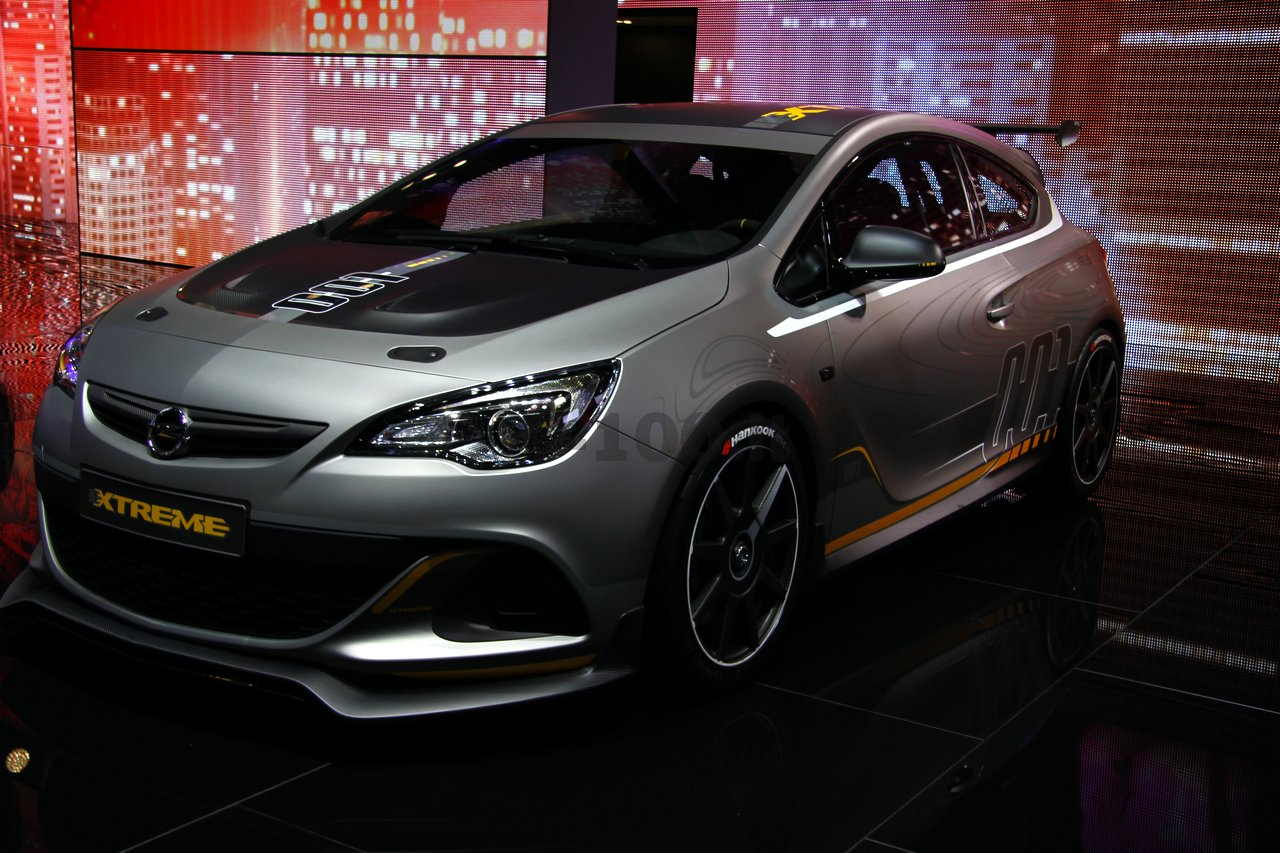 opel-astra-opc-extreme-geneve-2014_0-100_3