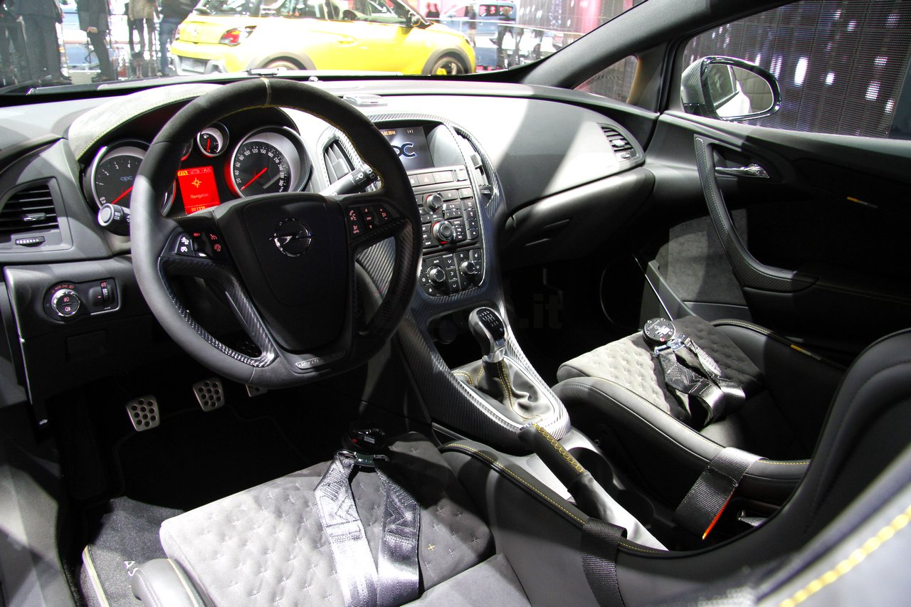 opel-astra-opc-extreme-geneve-2014_0-100_32