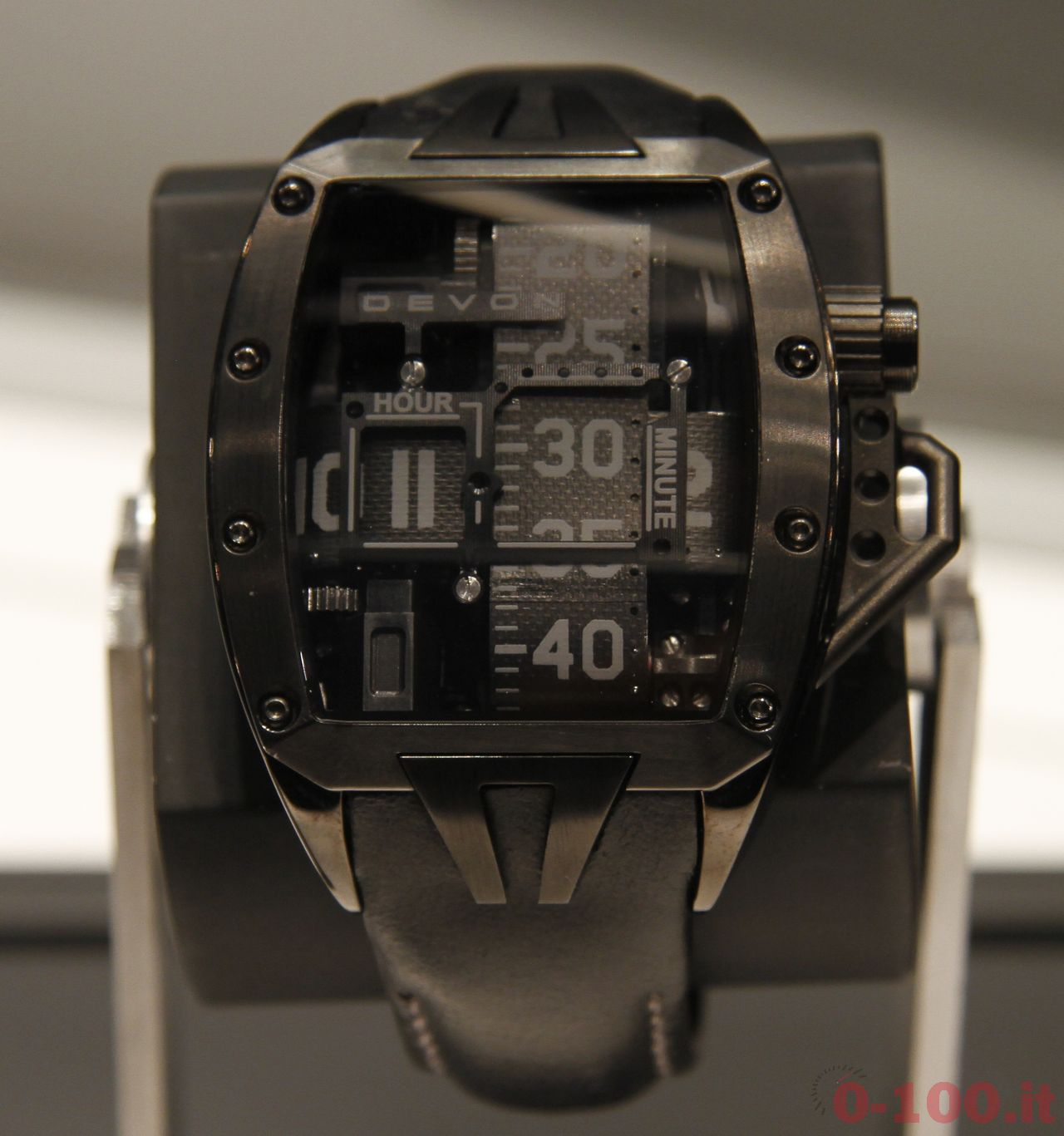 Baselworld-2014-Devon-Works-Tread-2 _0-10013