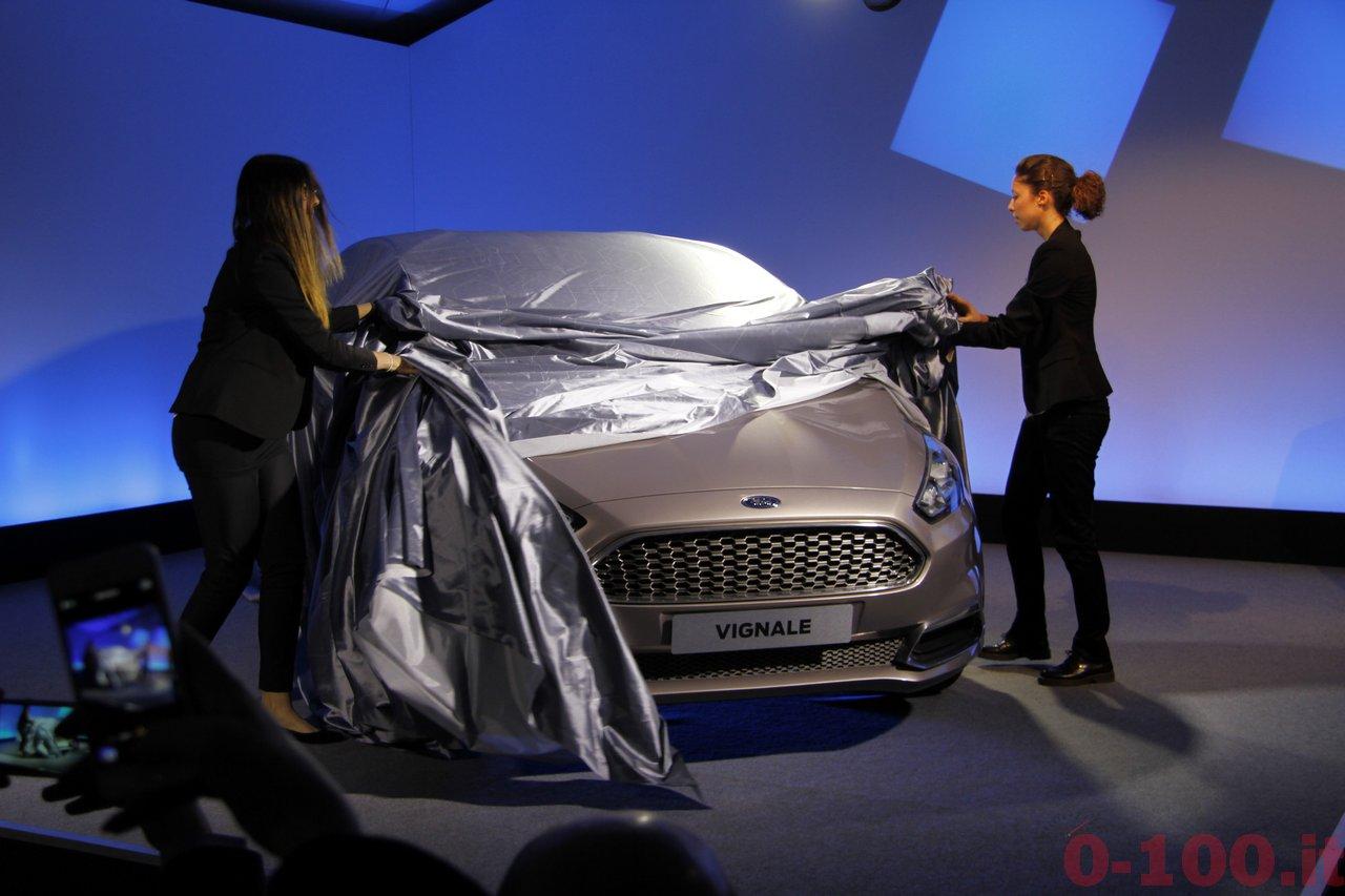ford-s-max-vignale-premium-luxury-0-100_18