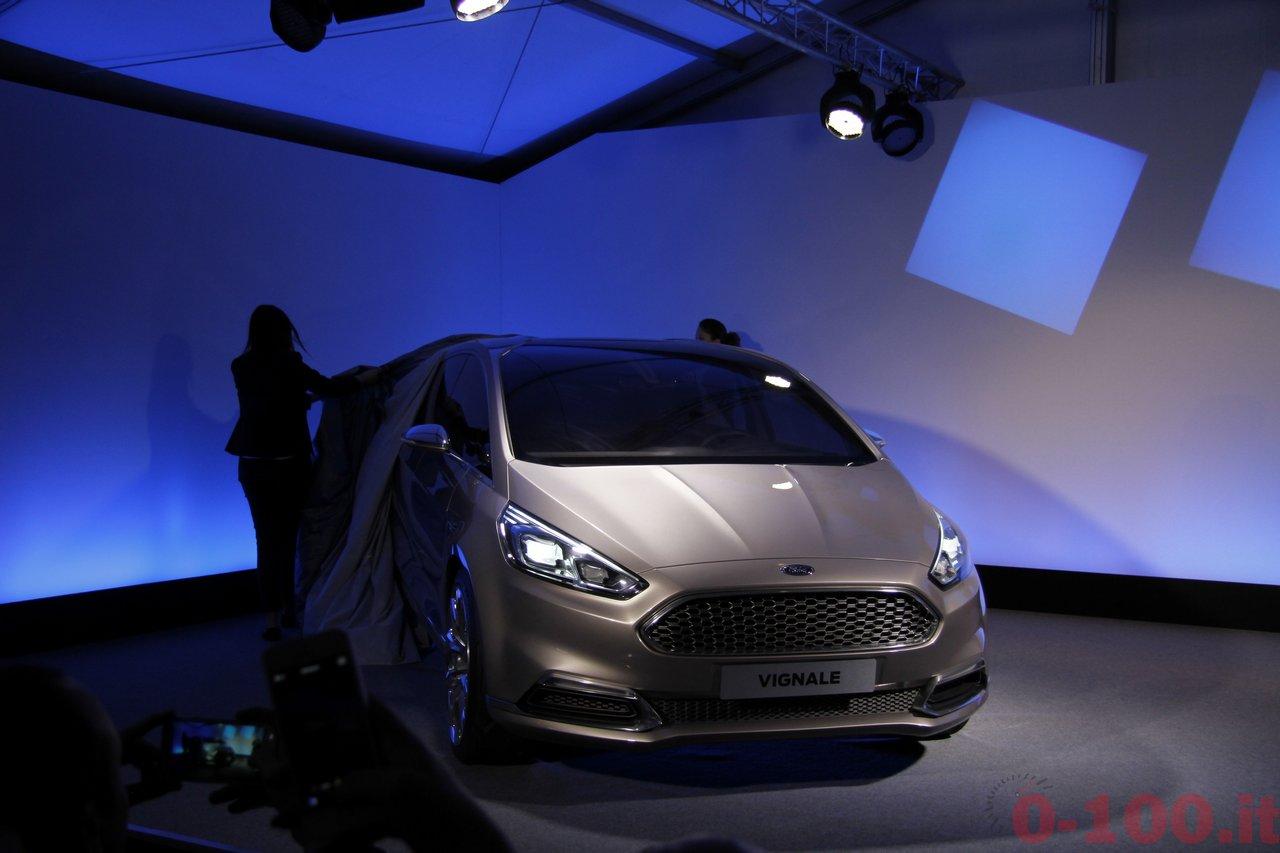 ford-s-max-vignale-premium-luxury-0-100_25