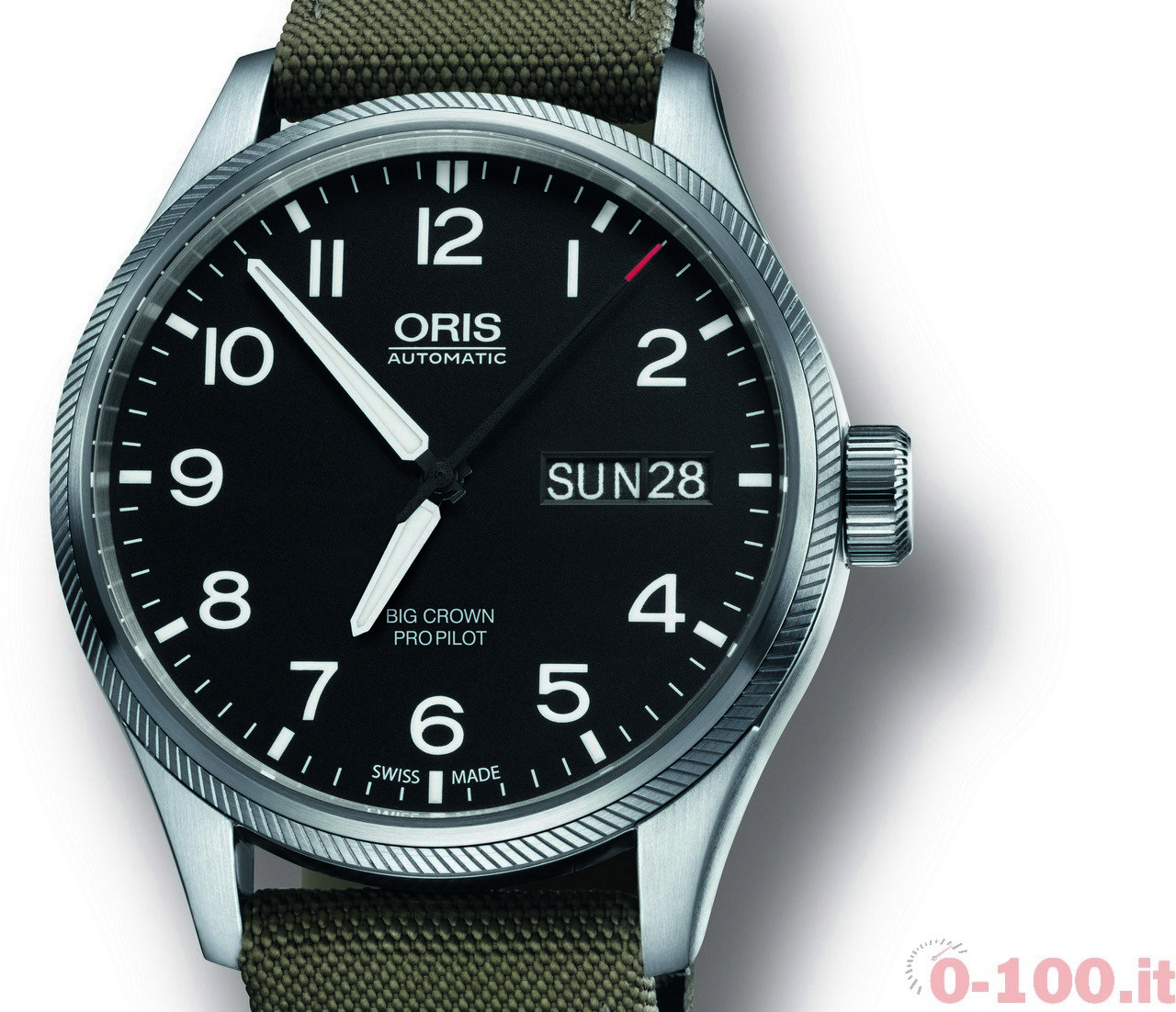 oris-big-crown-pro-pilot-day-date-0-100_1