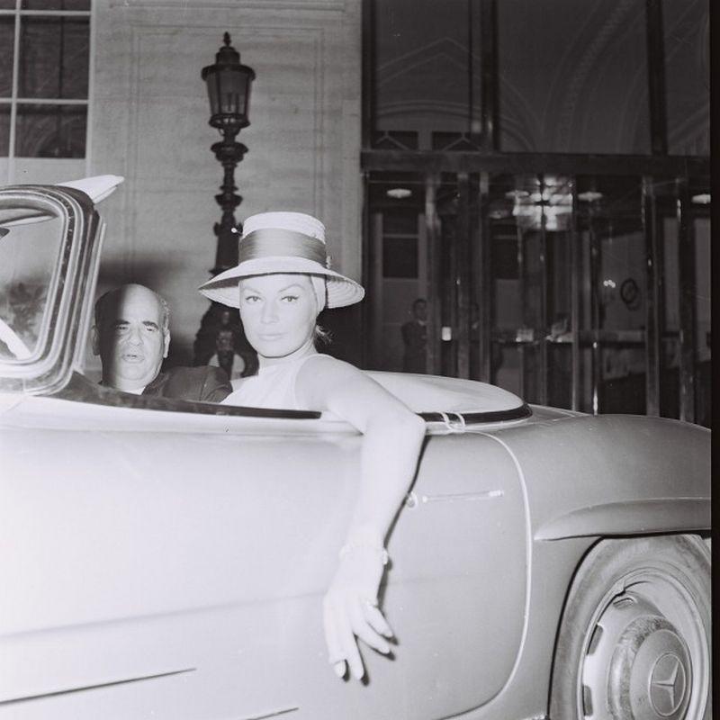Anita Ekberg driving a Mercedes in Rome, May 1962