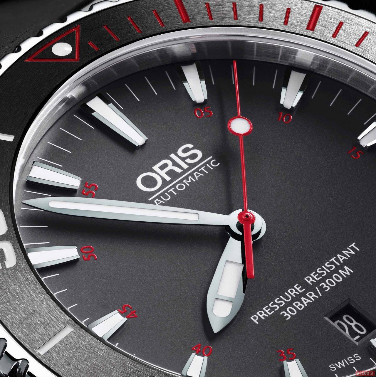 01 733 7653 4183-Set RS - Oris Aquis Red Limited Edition