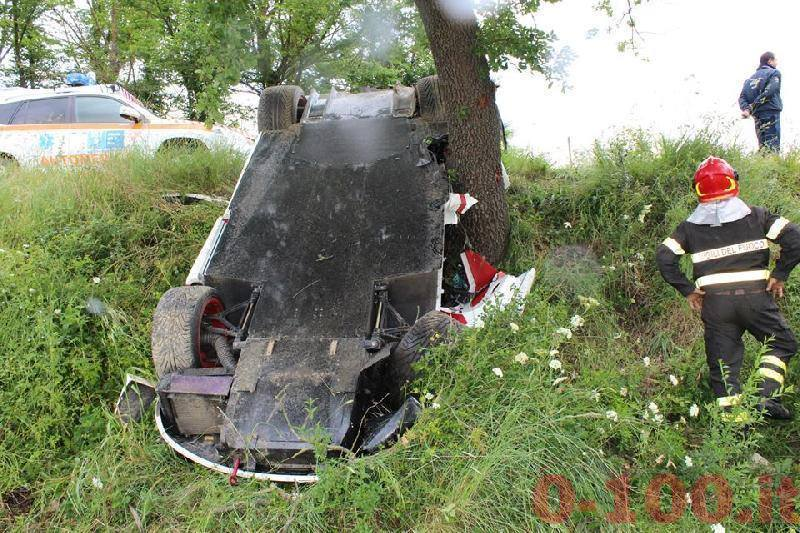 mclaren-f1-sn-72-mp4-12c-project-8-rowan-atkinson-accident-incidente-tuscany-0-100-1