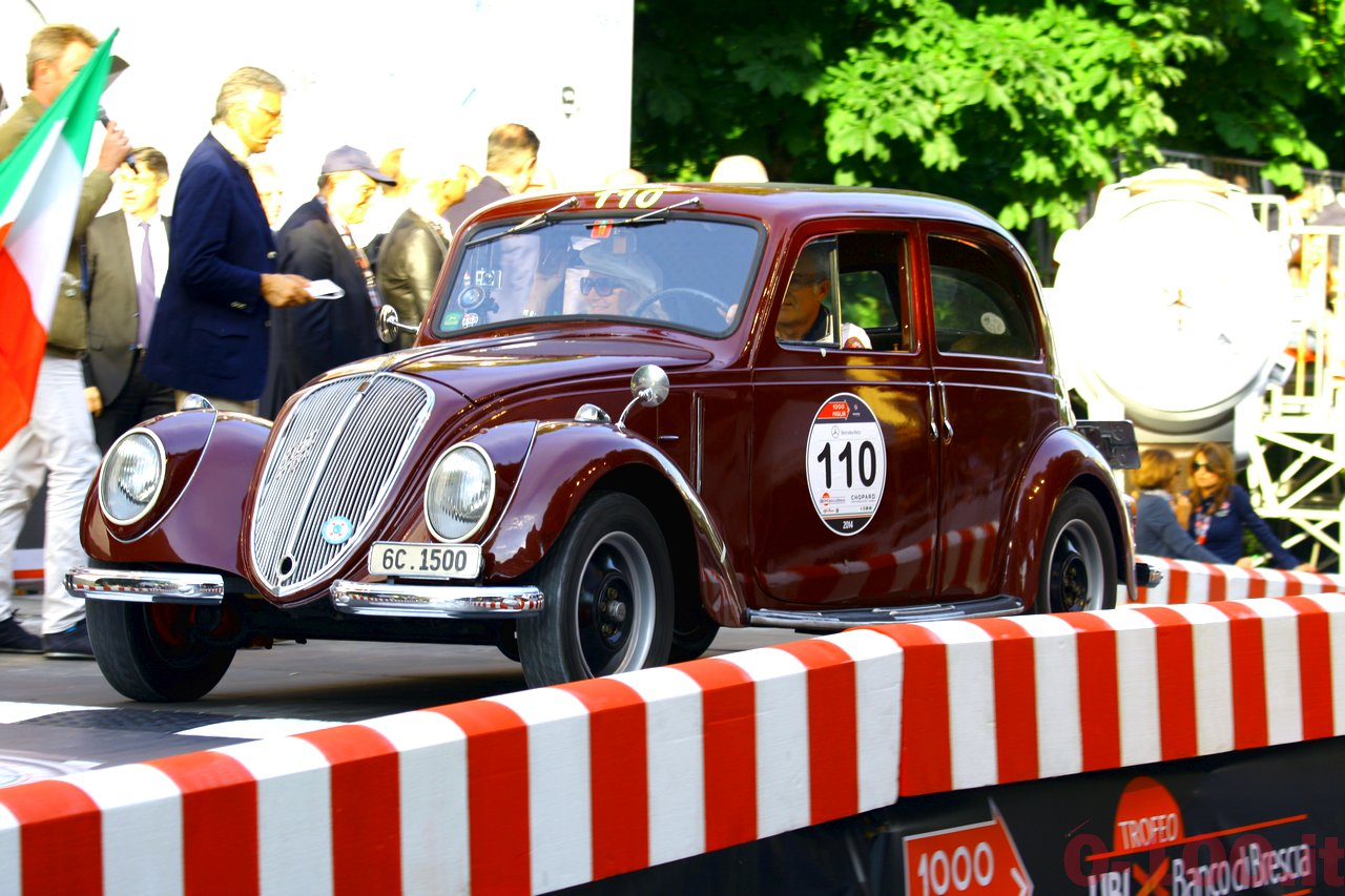 mille-miglia-2014_starting-grid-0-100_011