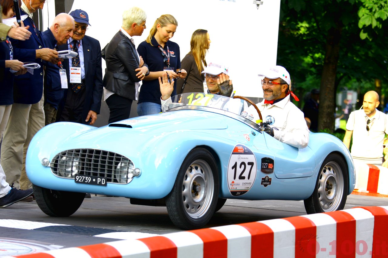 mille-miglia-2014_starting-grid-0-100_0115