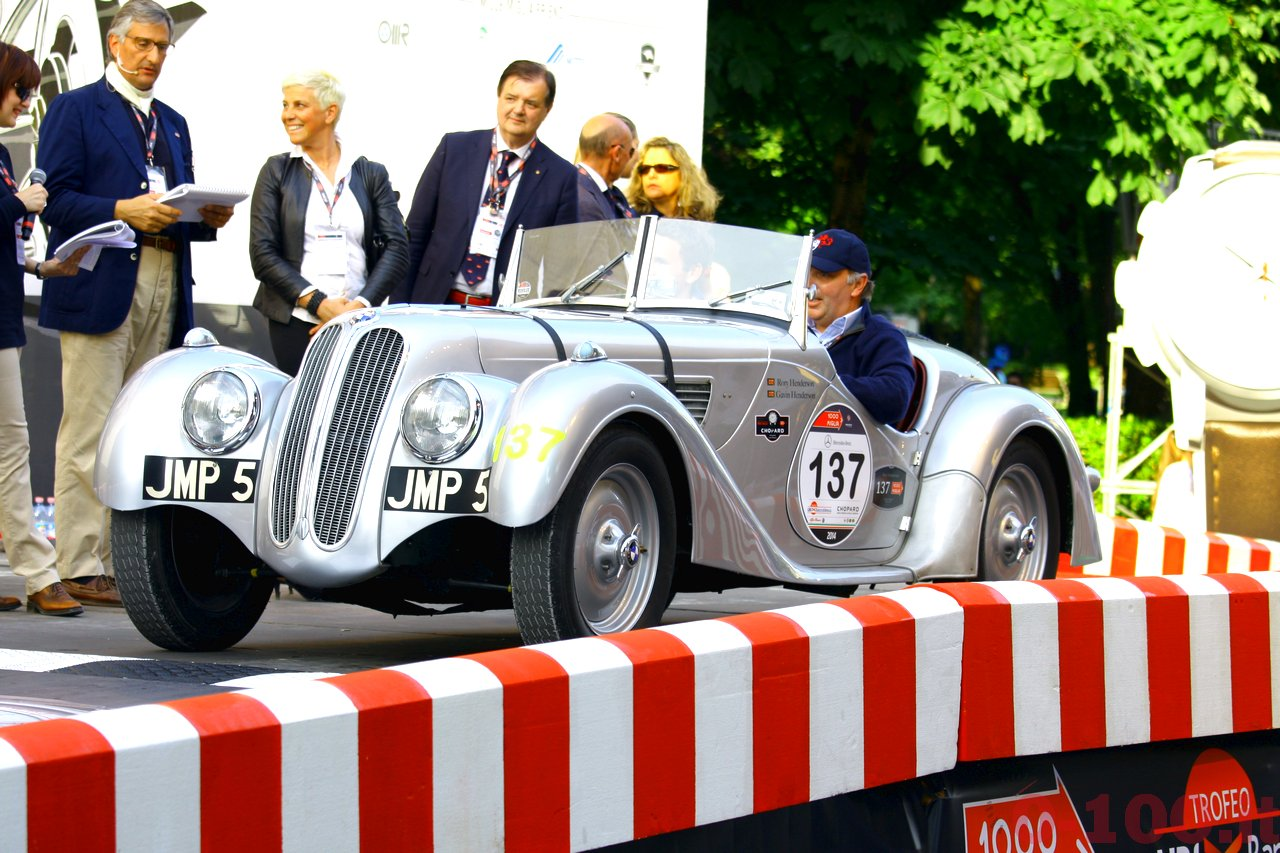 mille-miglia-2014_starting-grid-0-100_0124