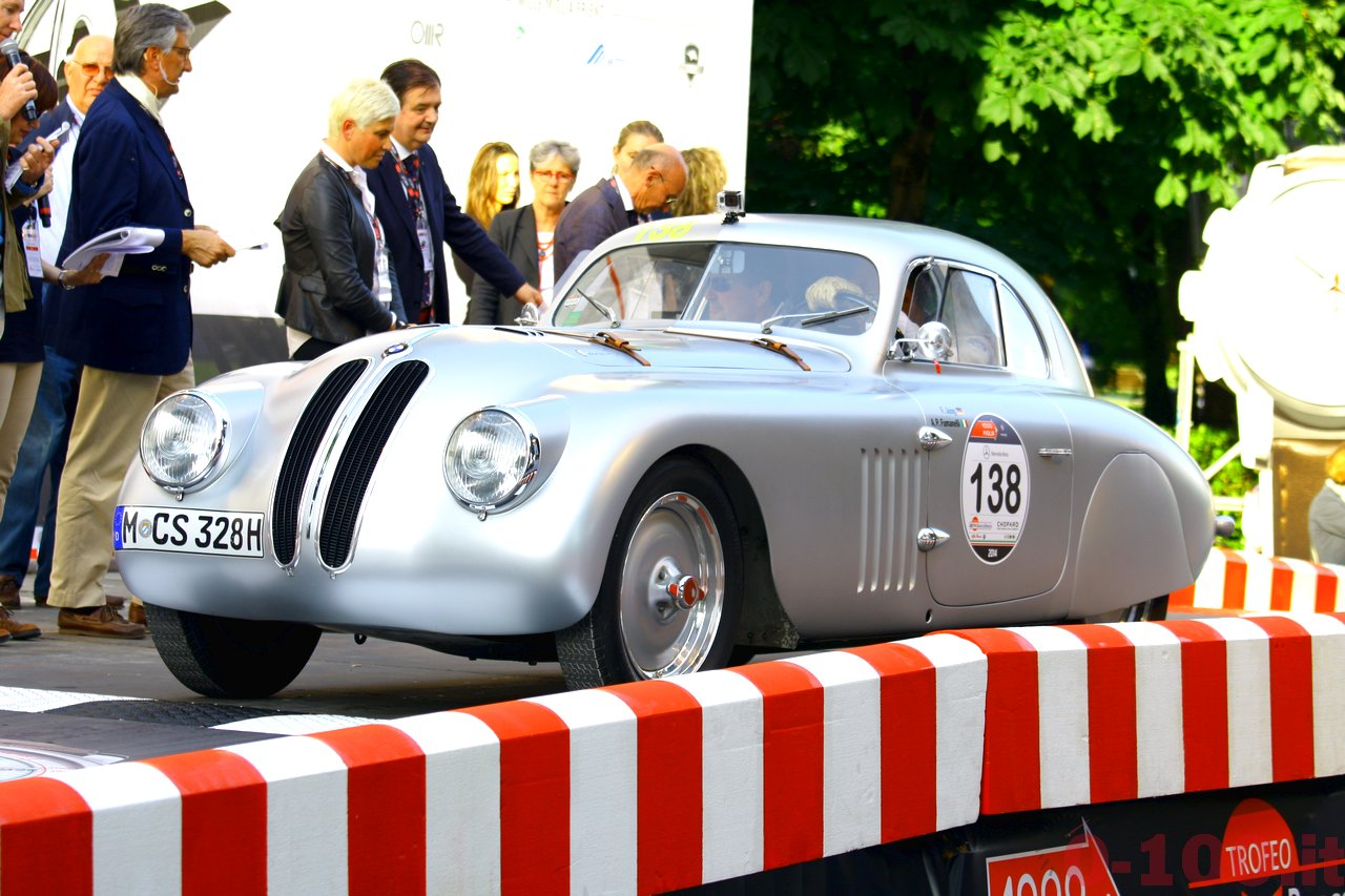 mille-miglia-2014_starting-grid-0-100_0125
