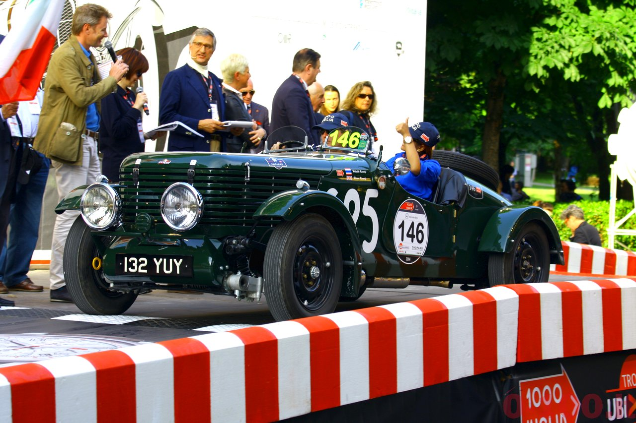 mille-miglia-2014_starting-grid-0-100_0132