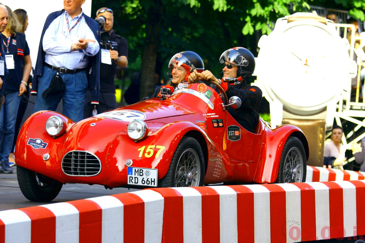 mille-miglia-2014_starting-grid-0-100_0139