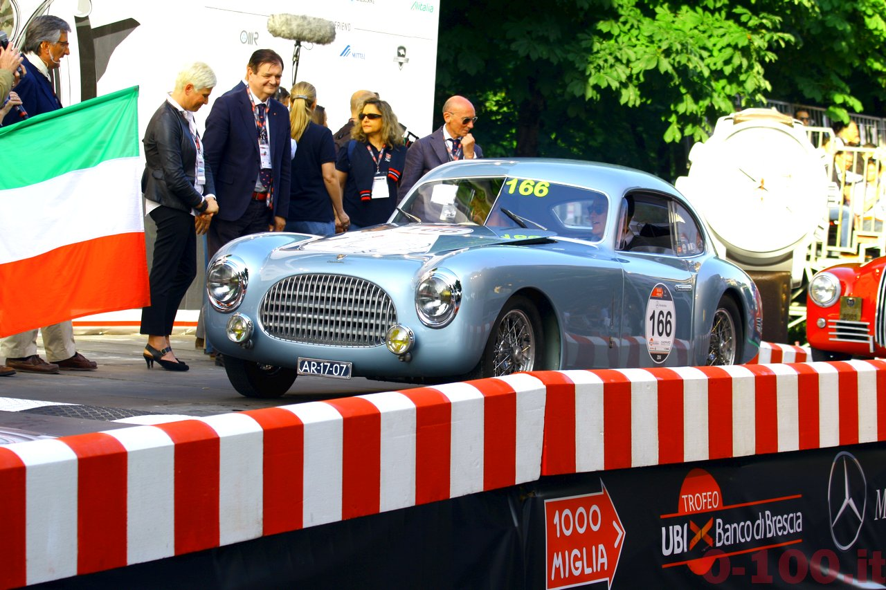 mille-miglia-2014_starting-grid-0-100_0143