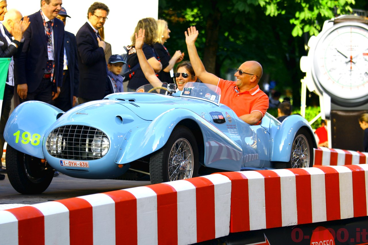 mille-miglia-2014_starting-grid-0-100_0150