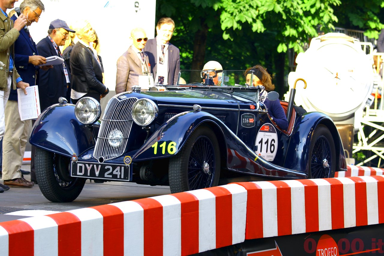 mille-miglia-2014_starting-grid-0-100_016
