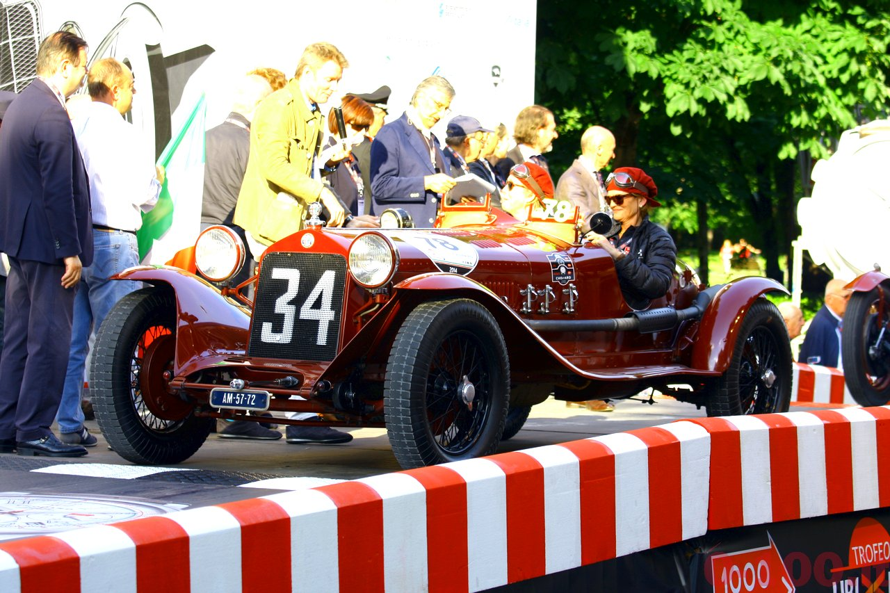mille-miglia-2014_starting-grid-0-100_40