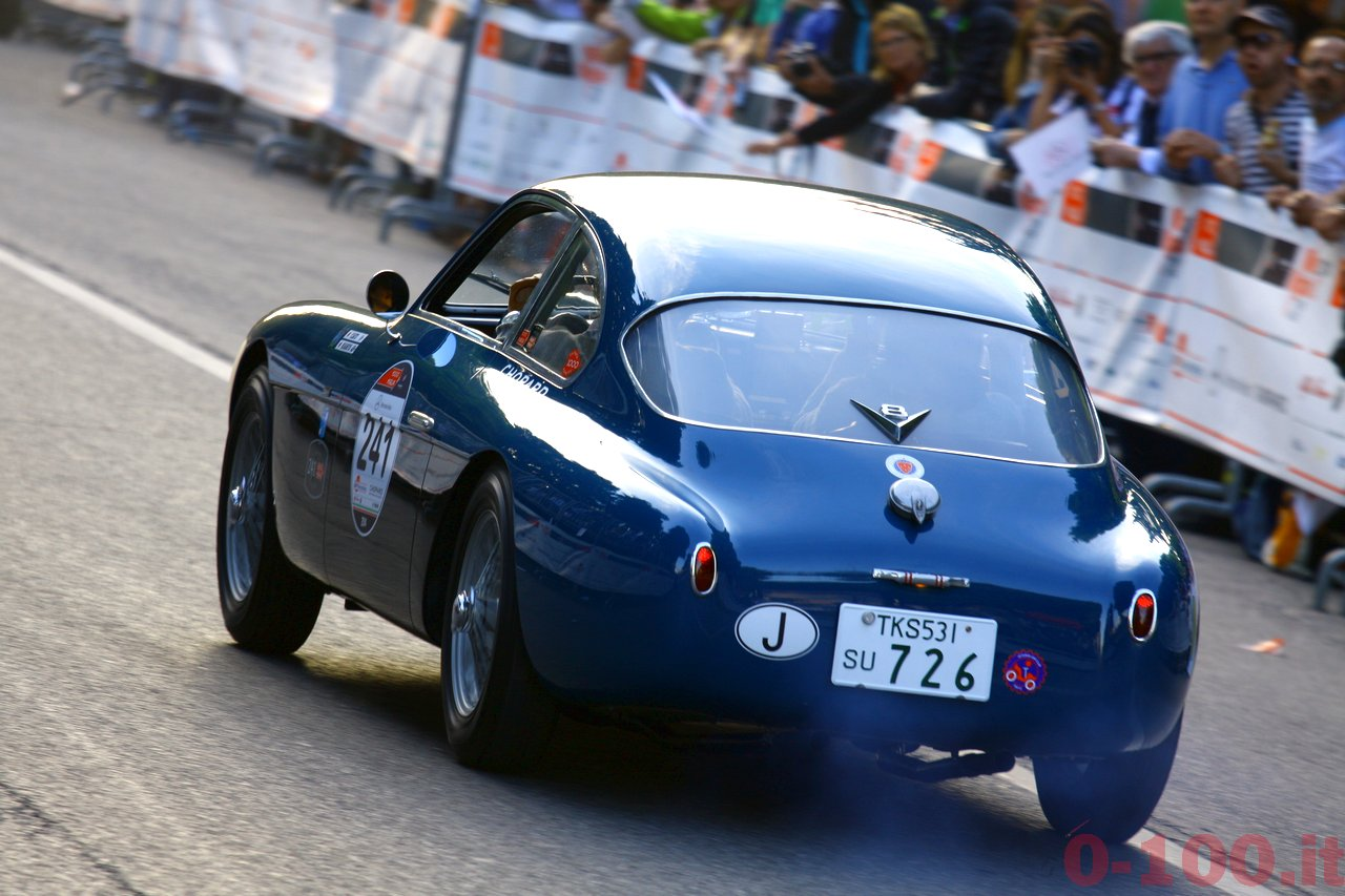 mille-miglia-2014_starting-grid-0-100_a114
