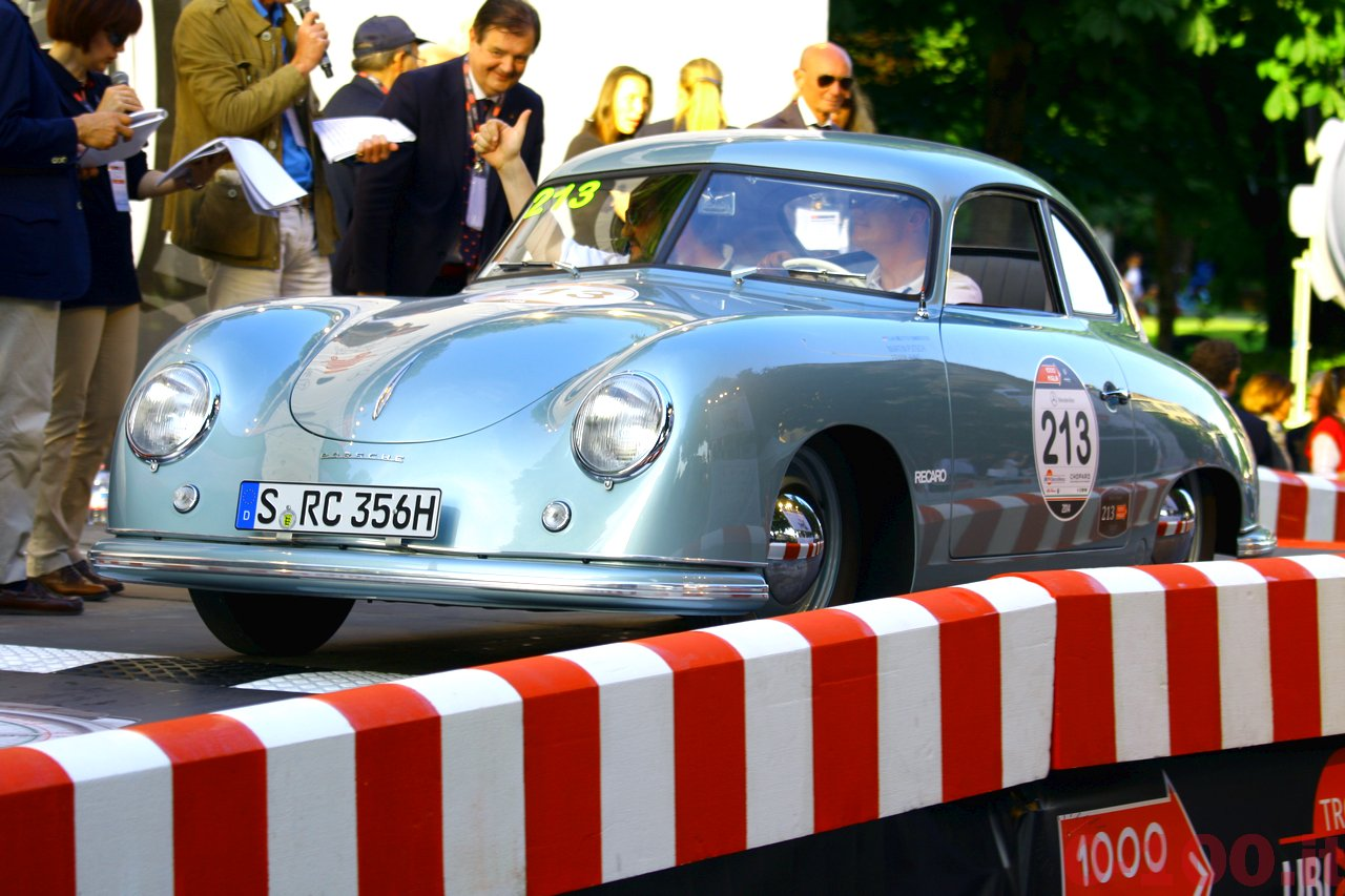 mille-miglia-2014_starting-grid-0-100_a12