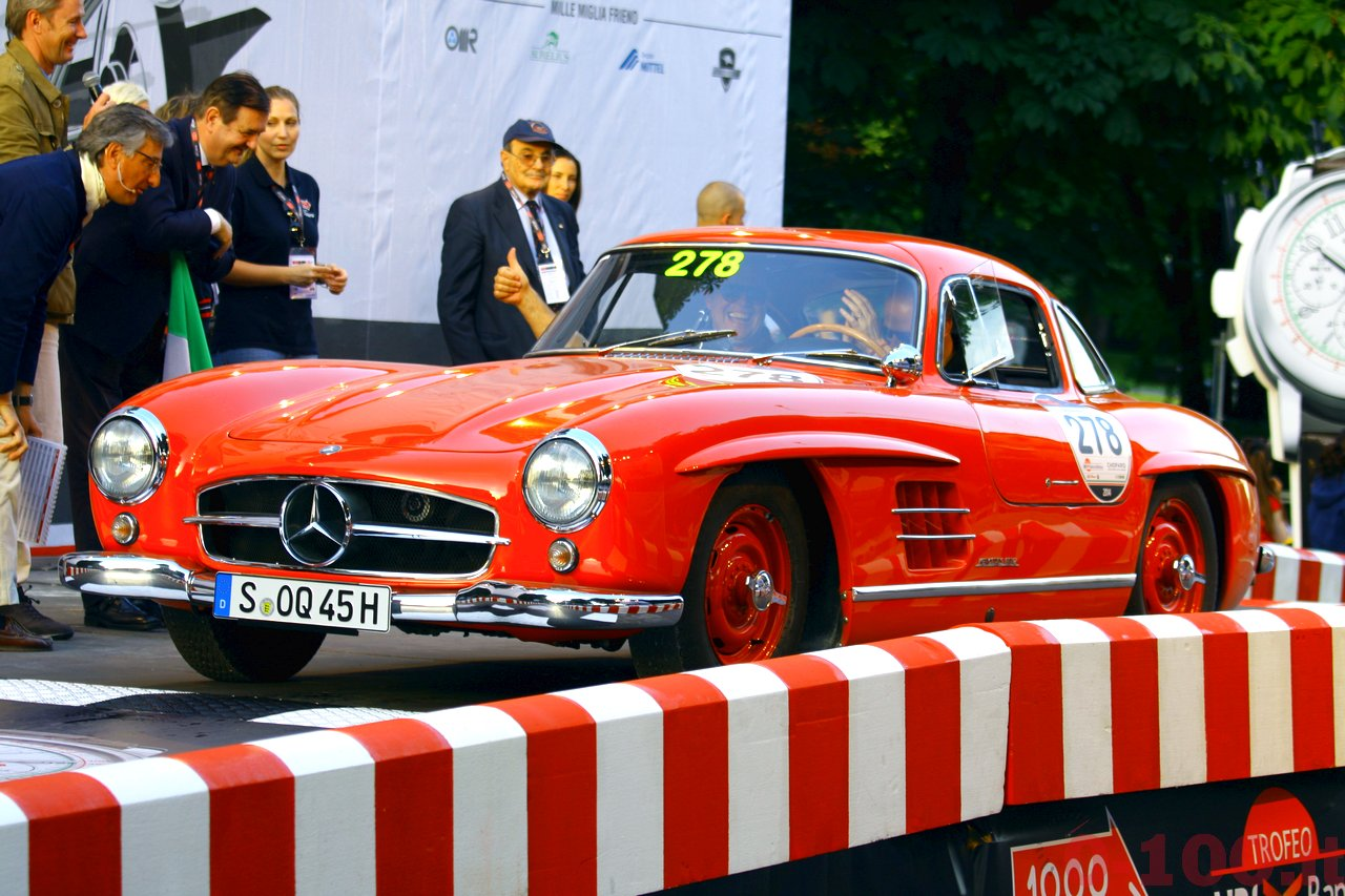 mille-miglia-2014_starting-grid-0-100_a126