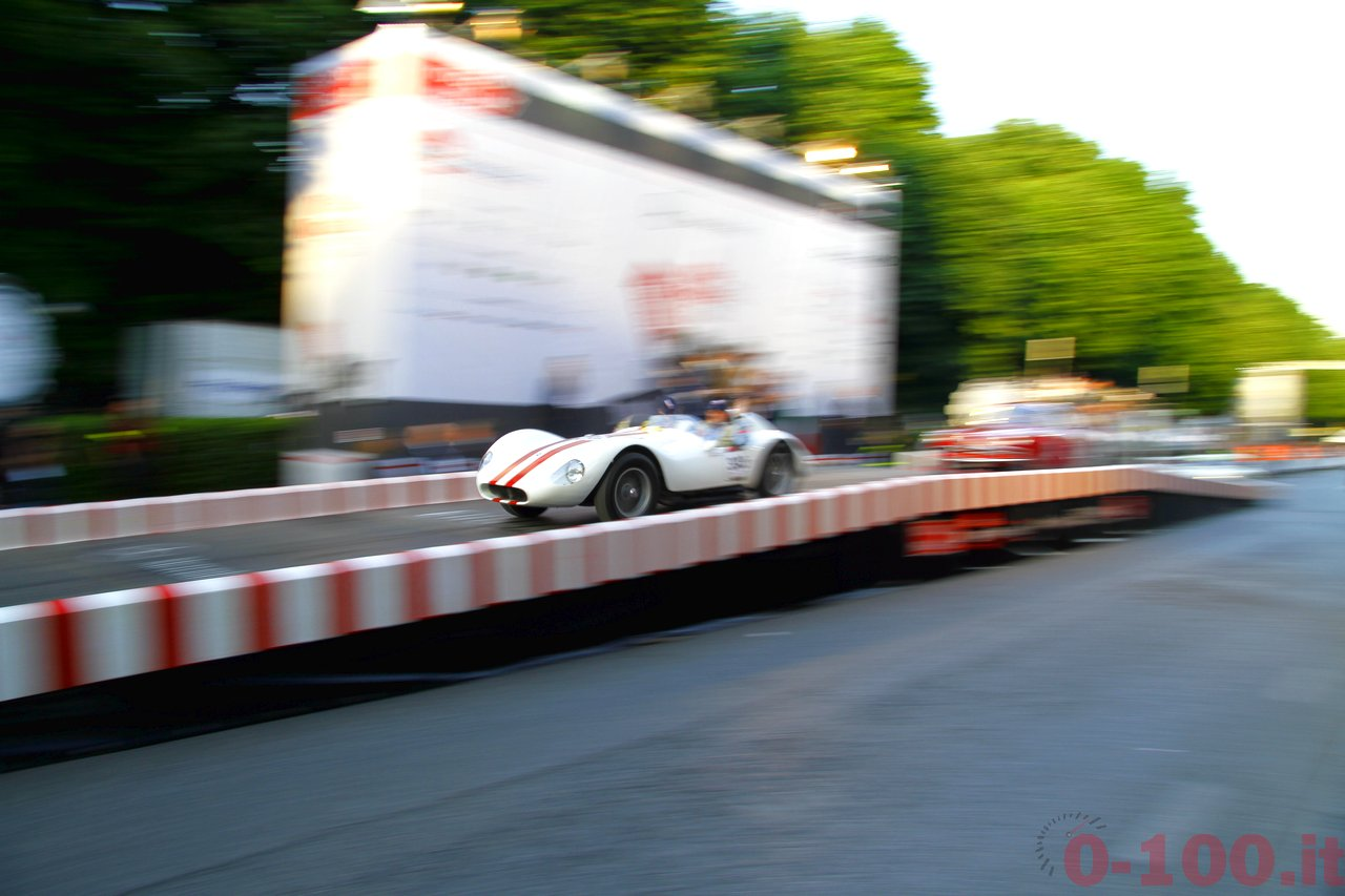 mille-miglia-2014_starting-grid-0-100_a135
