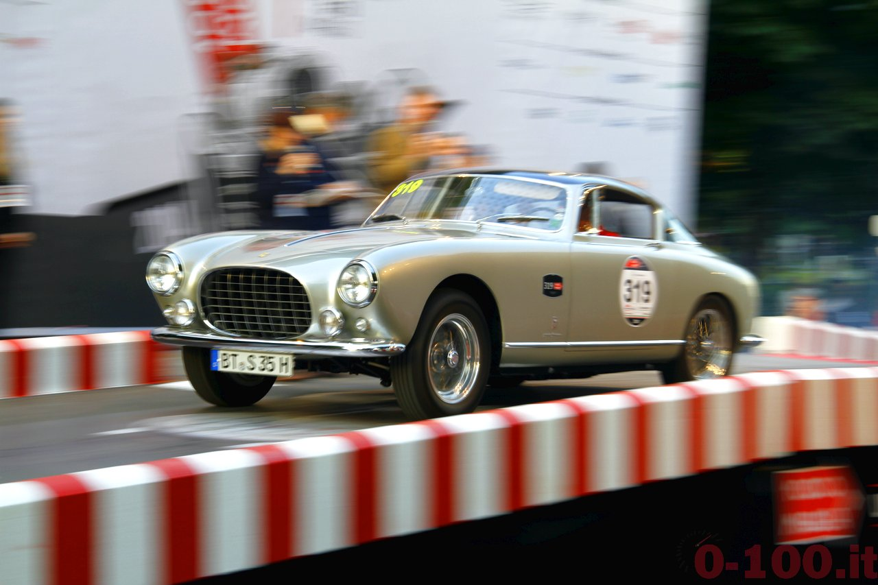 mille-miglia-2014_starting-grid-0-100_a137