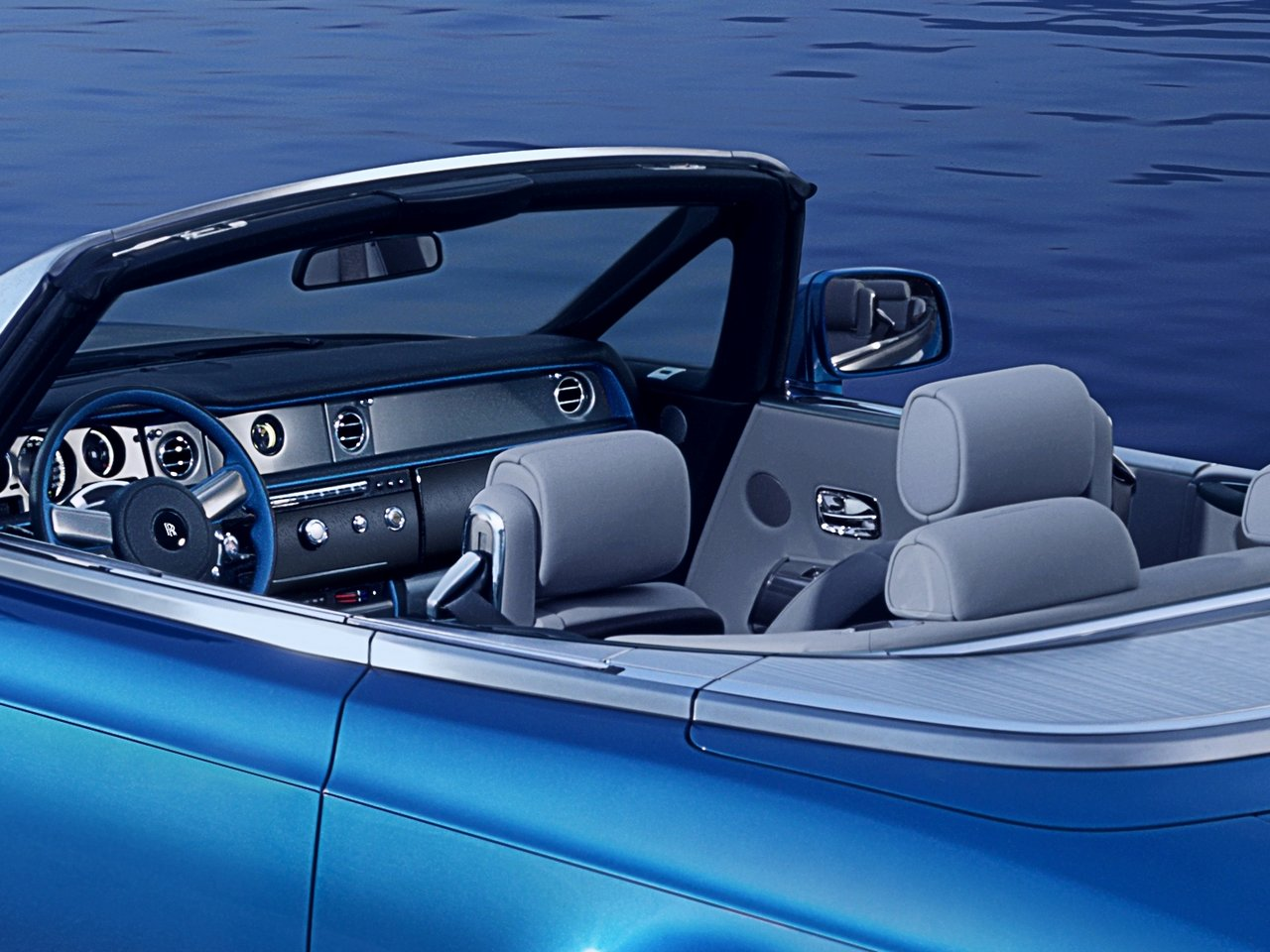 rolls-royce-phantom-drophead-coupe-waterspeed-collection_0-100_5