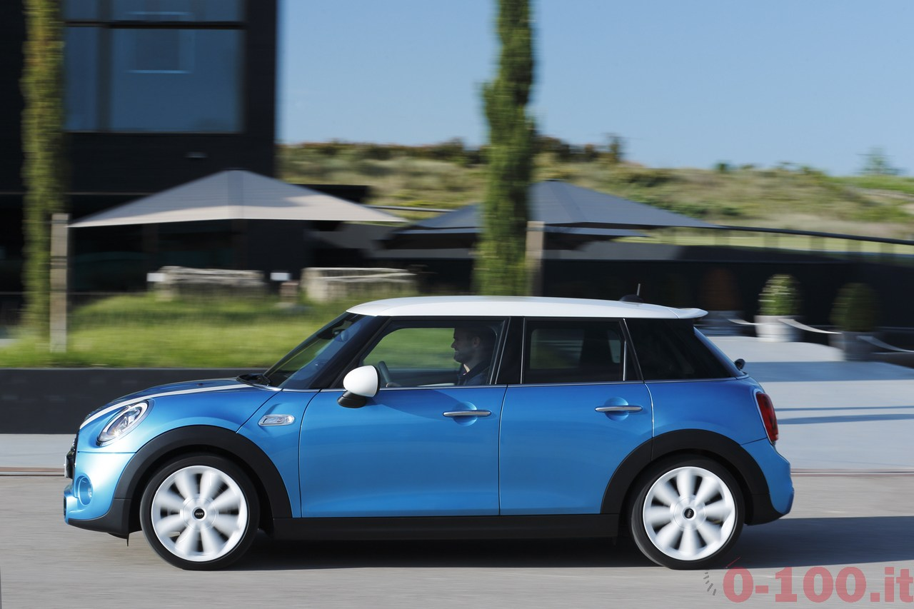BMW_MINI-5-porte-doors-SD-Cooper-S-0-100_2