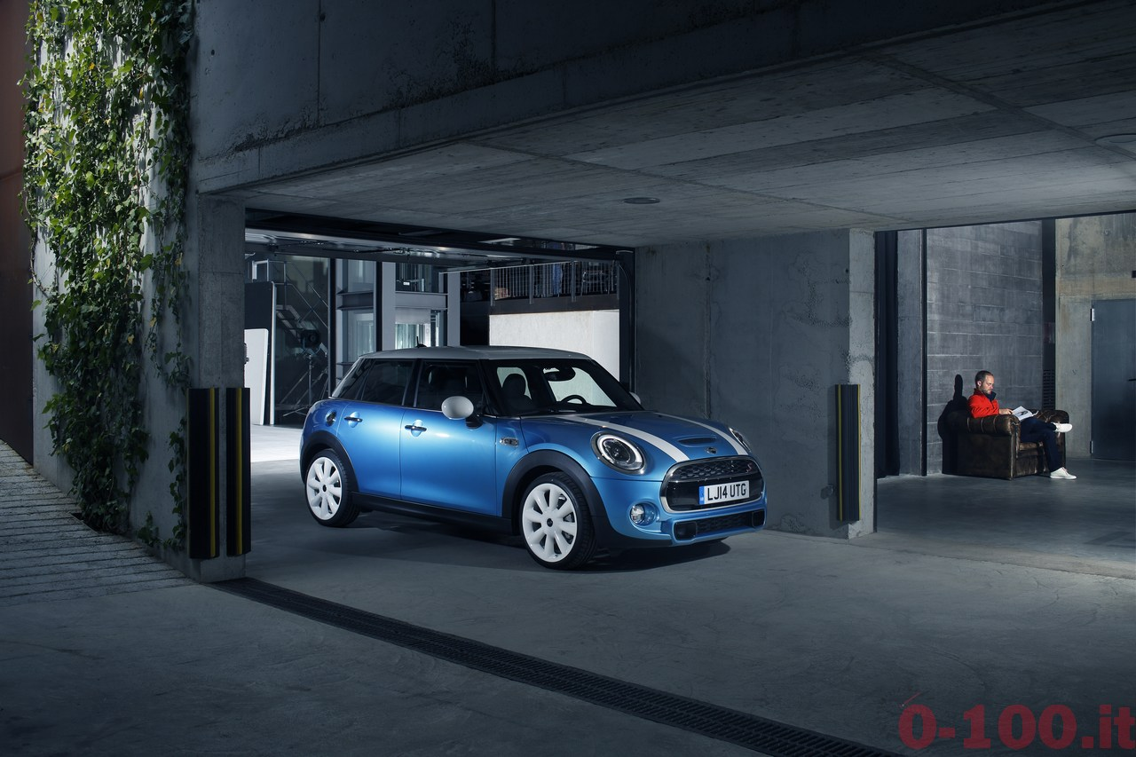 BMW_MINI-5-porte-doors-SD-Cooper-S-0-100_58