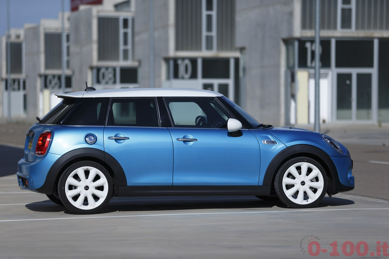 BMW_MINI-5-porte-doors-SD-Cooper-S-0-100_65