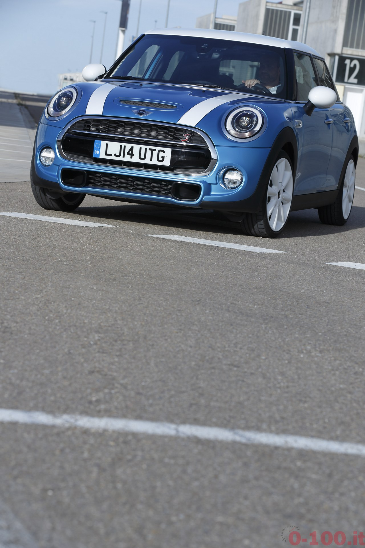 BMW_MINI-5-porte-doors-SD-Cooper-S-0-100_75
