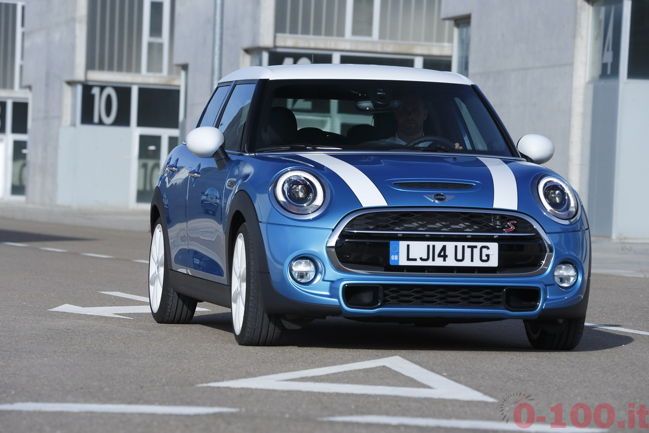 BMW_MINI-5-porte-doors-SD-Cooper-S-0-100_77