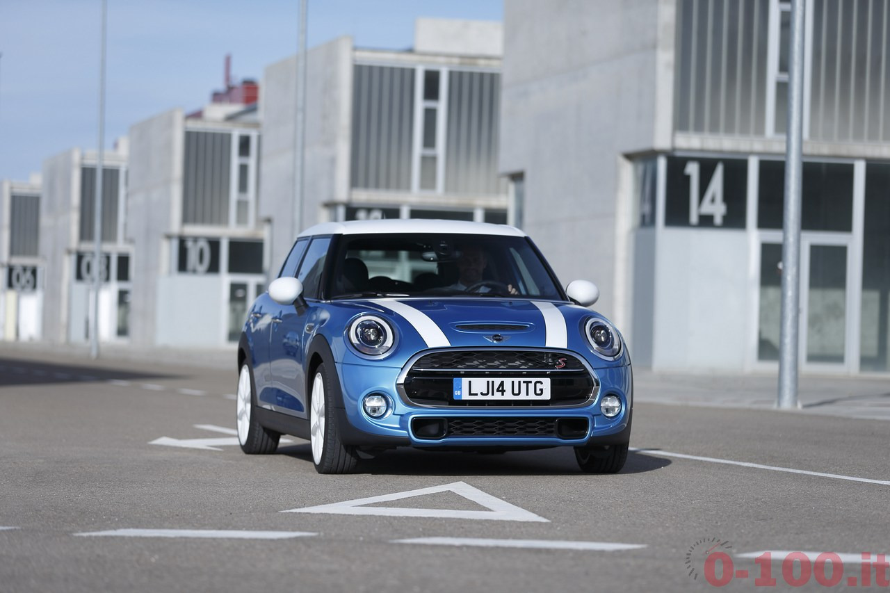 BMW_MINI-5-porte-doors-SD-Cooper-S-0-100_78