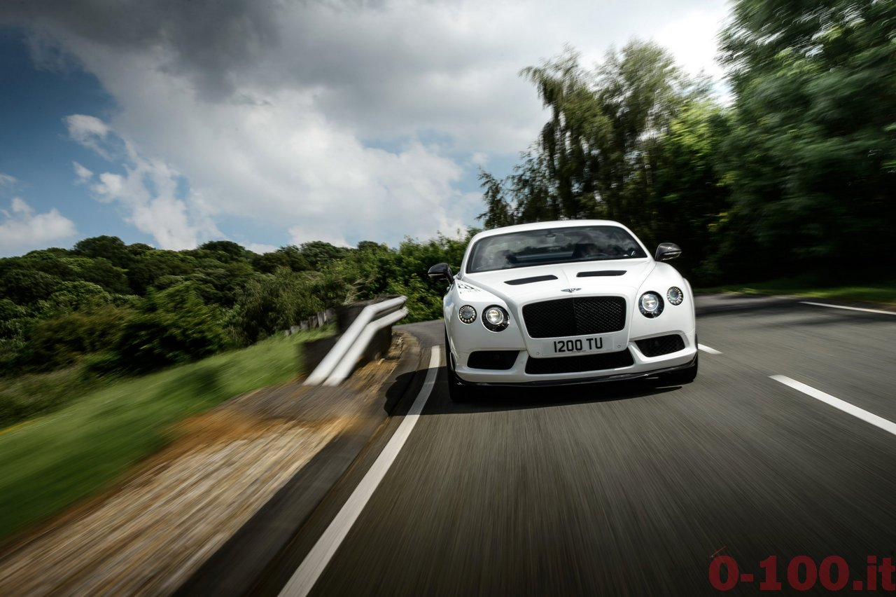 bentley-continental-gt3-r-v8-0-100_16