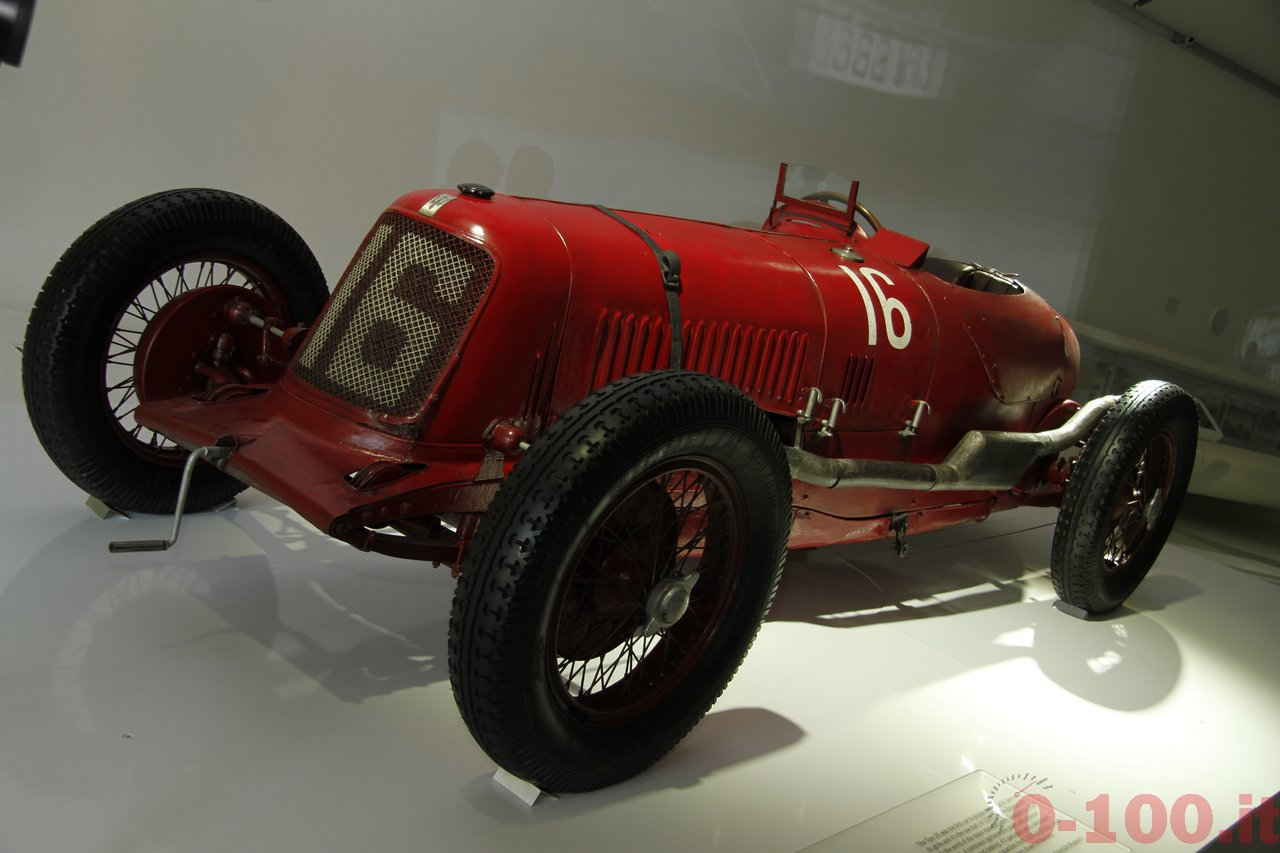 MASERATI-100-Century-Pure-Italian-Luxury-Sports-Cars-0-100_7