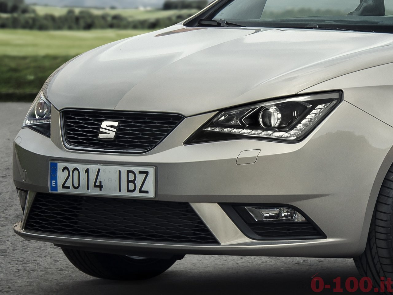 seat-ibiza-30th-anniversary-limited-edition-0-100_4