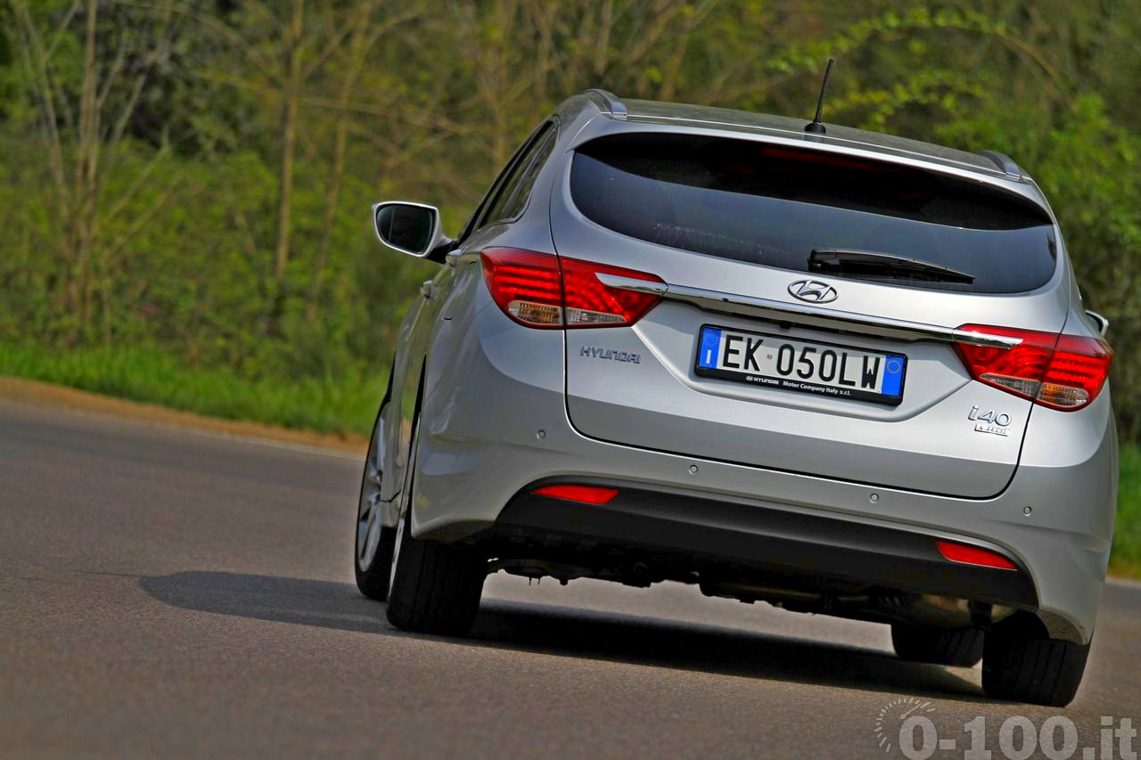 test-drive-Hyundai-i40-crdi-Wagon-AT-T-Style-0-100_13