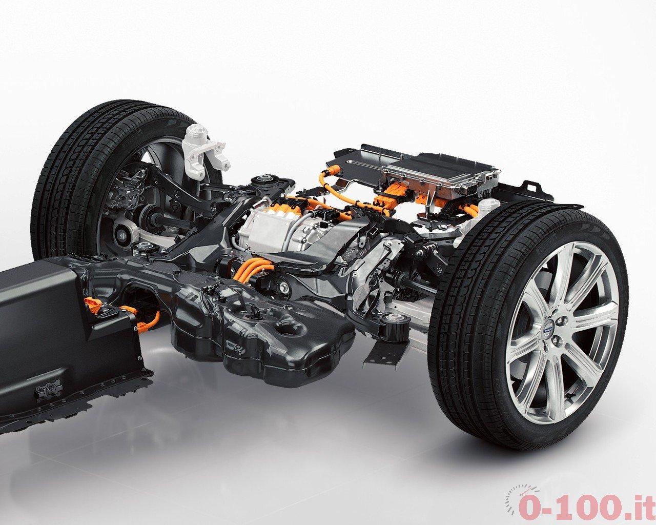 volvo-xc90-t8-d5-d4-hybrid-0-100_6