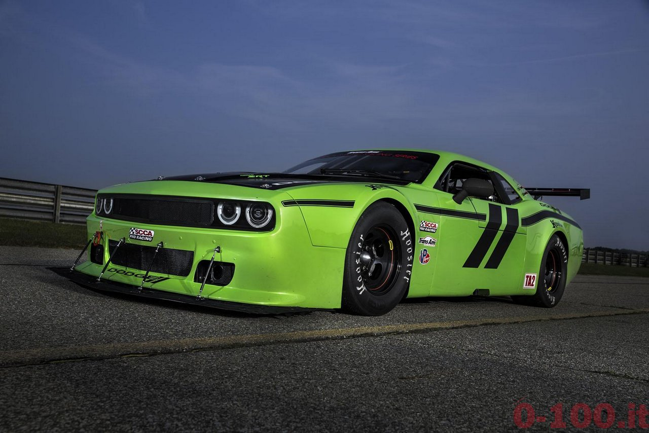Dodge-Challenger-SRT-Trans-Am-race-0-100_4