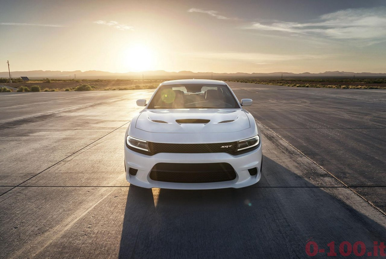 dodge-charger-srt-hellcat_0-100_11