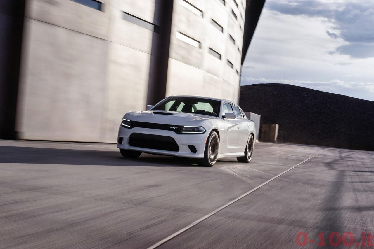 dodge-charger-srt-hellcat_0-100_13