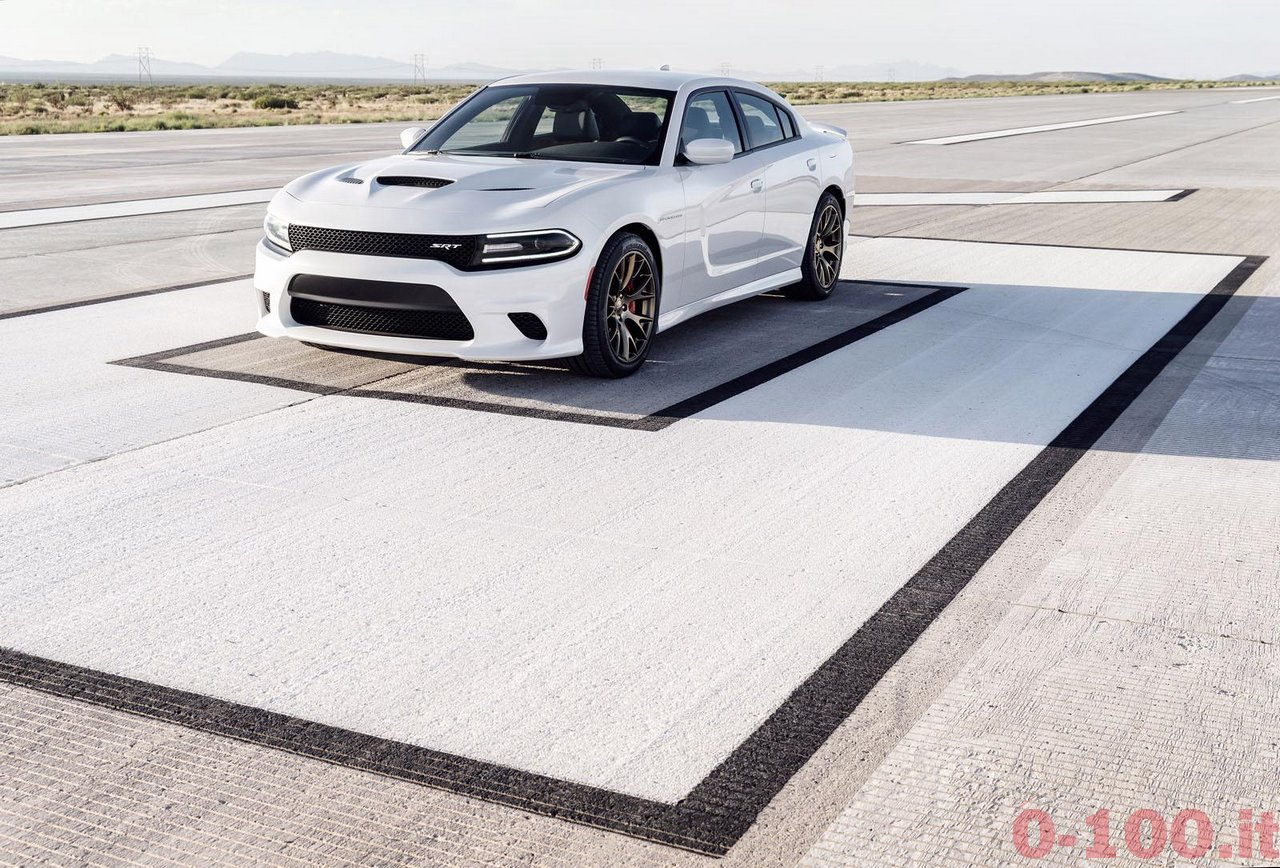dodge-charger-srt-hellcat_0-100_14