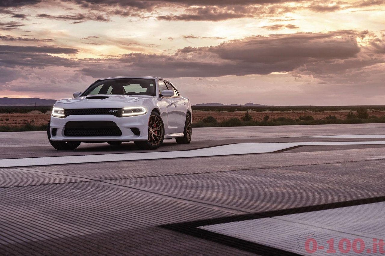 dodge-charger-srt-hellcat_0-100_17