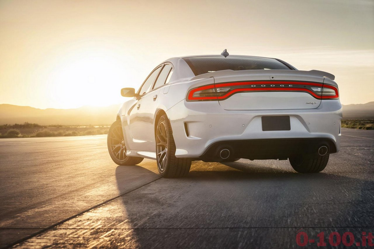 dodge-charger-srt-hellcat_0-100_35