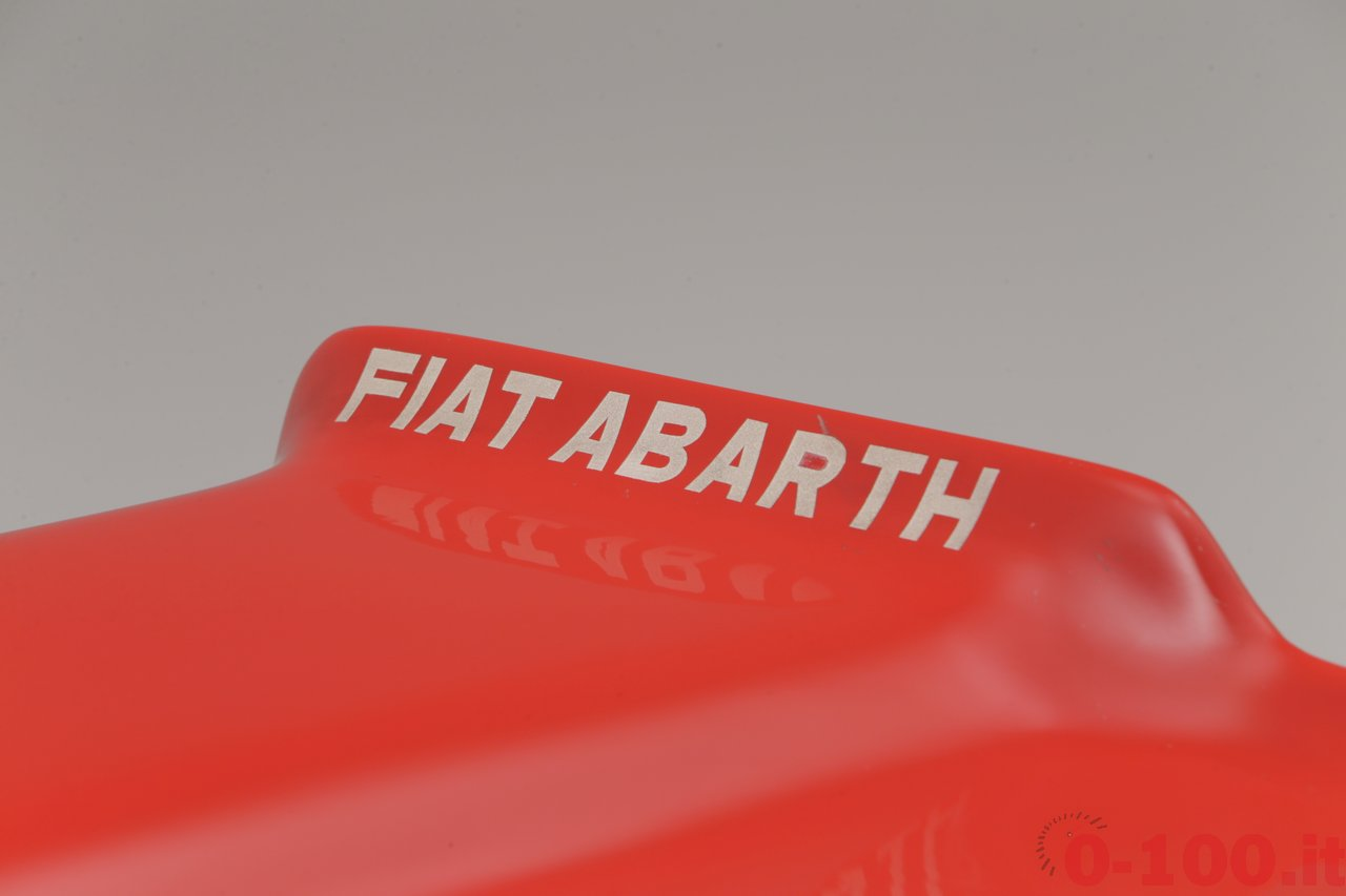 bonhams-al-goodwood-revival-2014-abarth-1300-sport-spider-se010-quattro-fari_0-100_14
