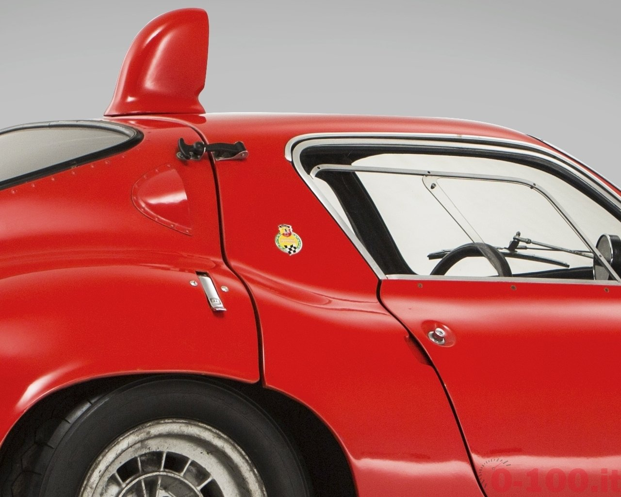 bonhams-at-goodwood-revival-2014-abarth-1300-ot-periscopio-coupe-1965_0-100_8