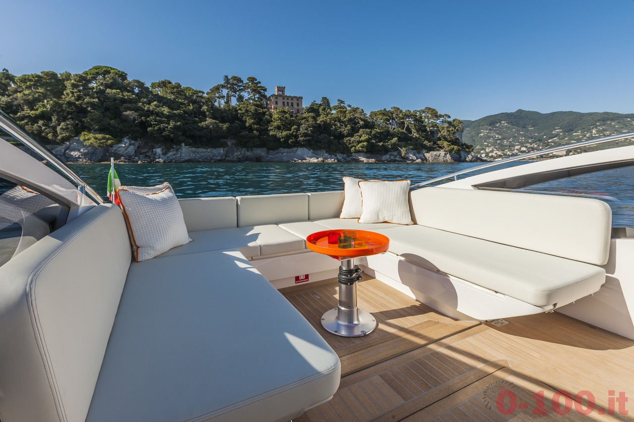 cannes-yachting-festival-2014-wider-32-tender-express-cruiser-0-100_10