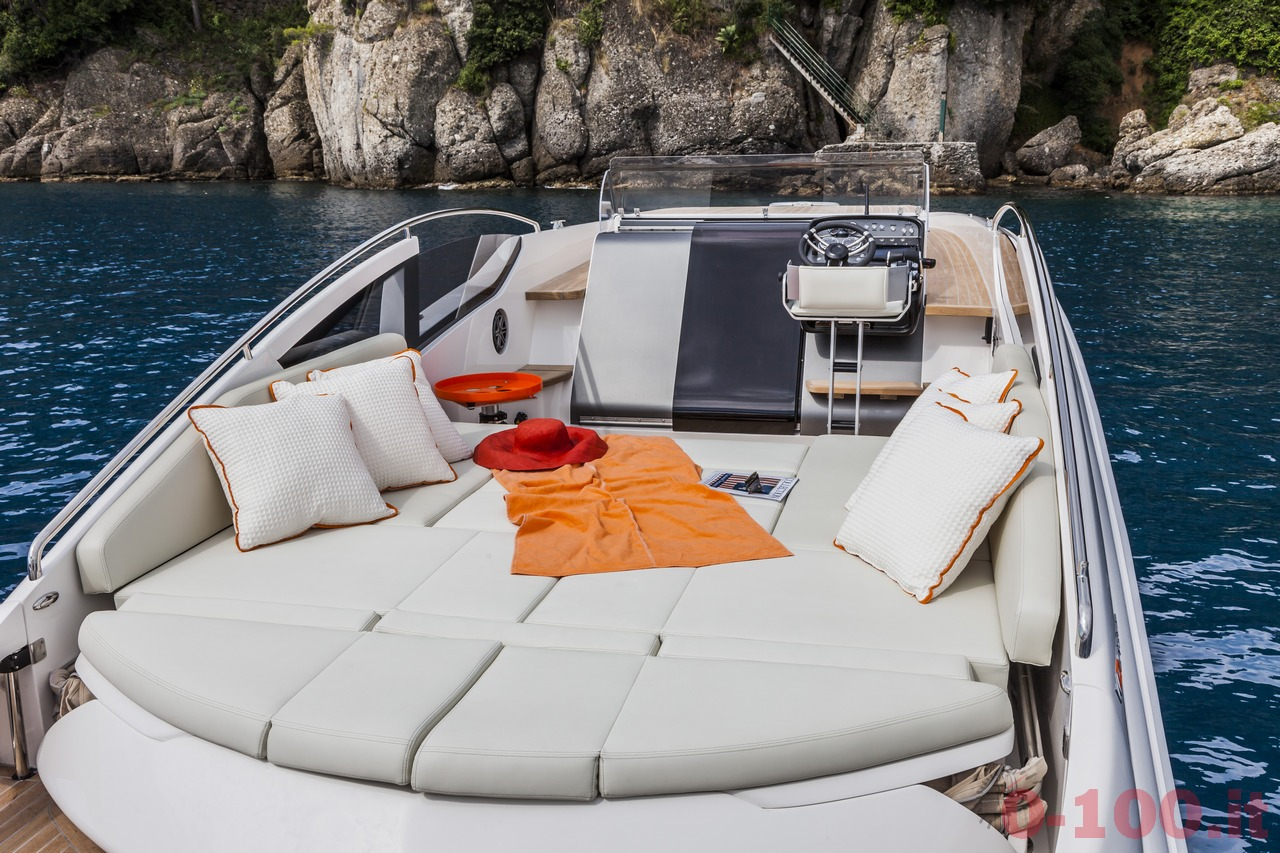 cannes-yachting-festival-2014-wider-32-tender-express-cruiser-0-100_9
