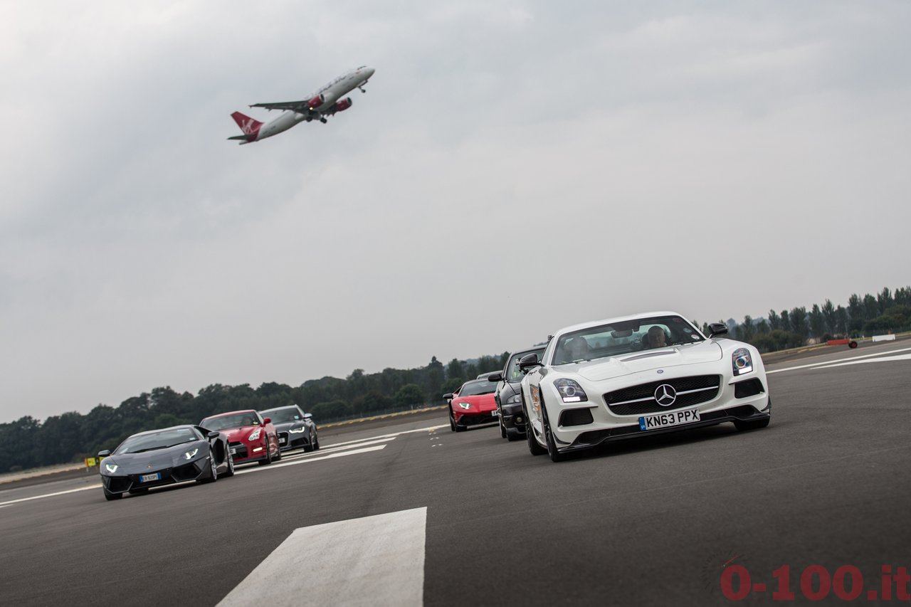 frace-the-runway-mercedes-amg-petronas-f1w103_0-100_12